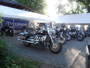 Triumph Rocket III Forum Burg Rockets om the Rock